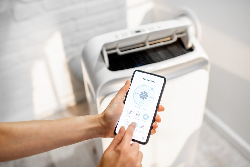 Controlling air condition with a smart phone